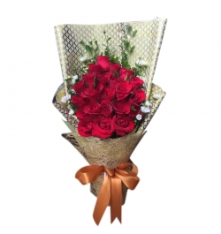 send 2 dozen red roses in bouquet to dhaka