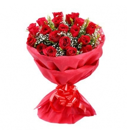 send 24 red roses in bouquet to dhaka
